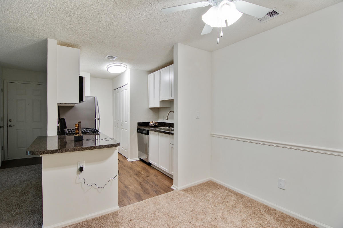 Two Bedroom Apartments in Stone Mountain, GA For Rent