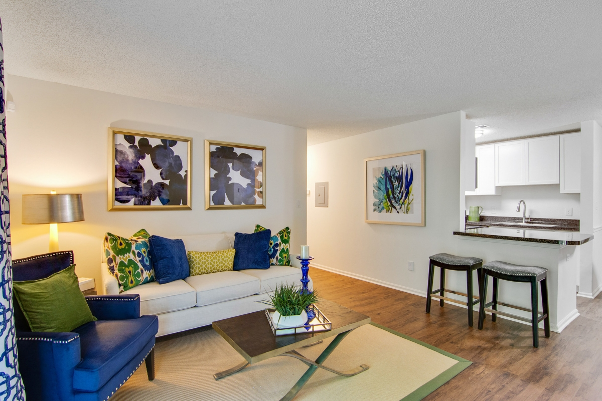 One Bedroom Apartment For Rent Grove Parkview Apartments