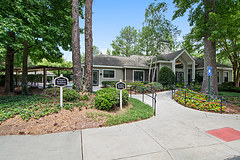 Grove Mountain Park Apartments in Stone Mountain GA