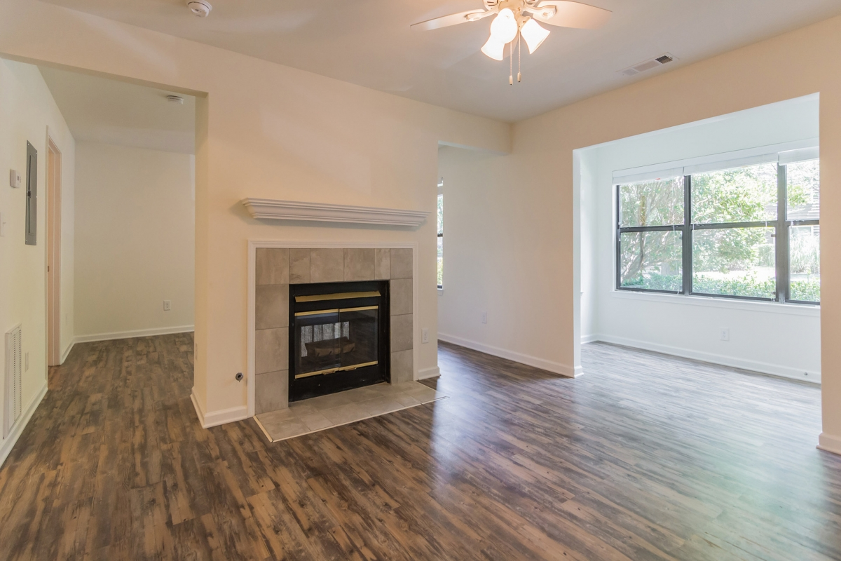 The Advantages In Terms Of The One Bedroom Apartment Layout Versus A Studio  Apartment Floor Plan Are Clear: Even With The Same Square Footage, ...